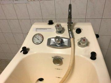 Hanse Pflegebad Typ 125, Badewanne, Stufenwanne, Sitzwanne, Sitzbadewanne, Lift
